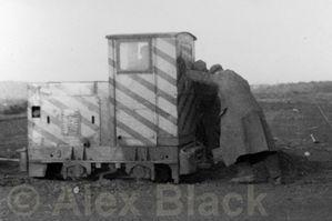 http://www.blackrod.railpic.net/albums/userpics/10001/thumb_18in_gauge_0-4-0_Diesel.jpg